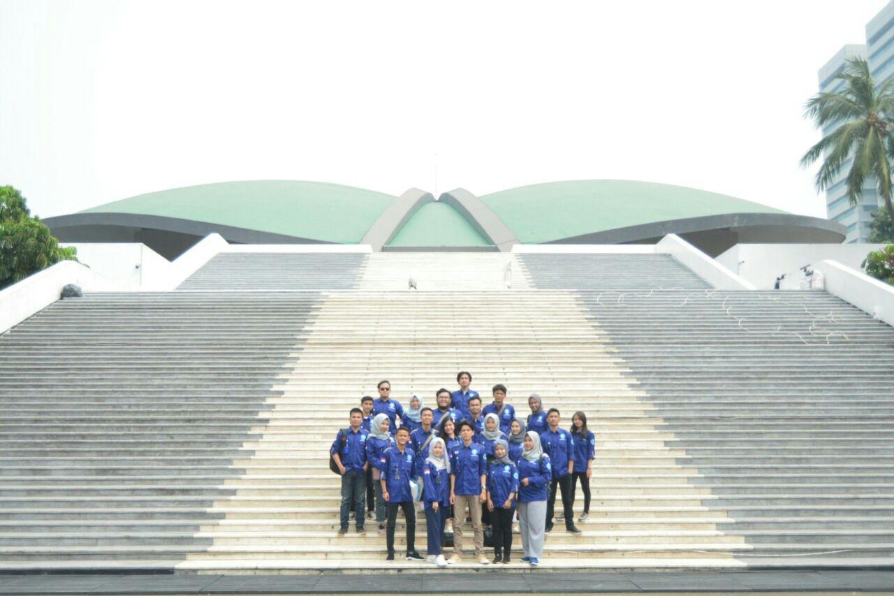 Kunjungan Kelembagaan BEM FISIP UNLA ke DPR RI