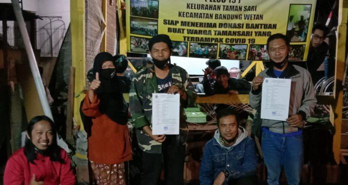 Tim PKM Unla Bangun Website dan Perkuat Fungsi Satgas Covid-19 di RW 09 Tamansari
